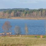Atpūta pie ezera