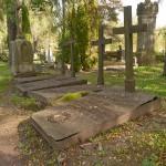 Grāfu Plāteru - Zībergu apbedījumi Vecajos Patmaļu kapos